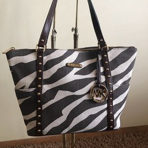 MICHAEL Michael Kors Canvas Bag !